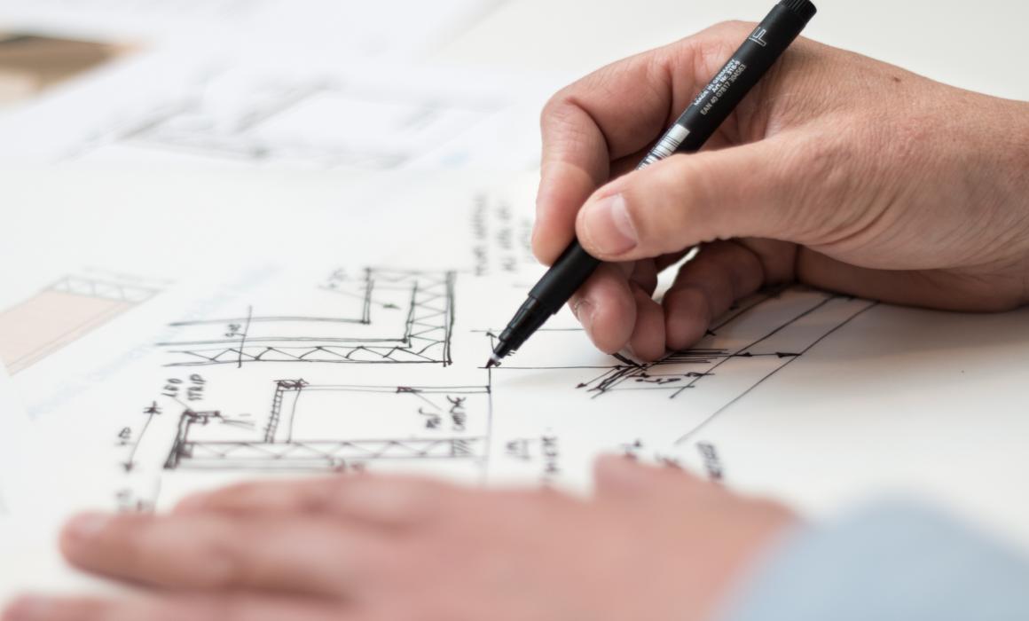 Desenho de arquiteto em ambiente de trabalho